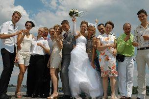 Как фотографировать большую свадьбу