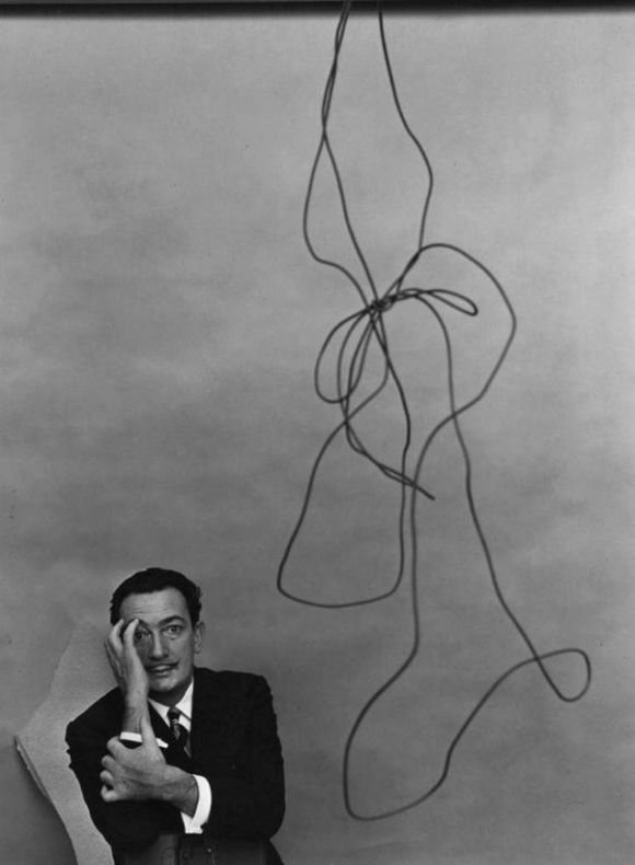 4506305-R3L8T8D-550-Salvador_Dali_New_York_NY_1951